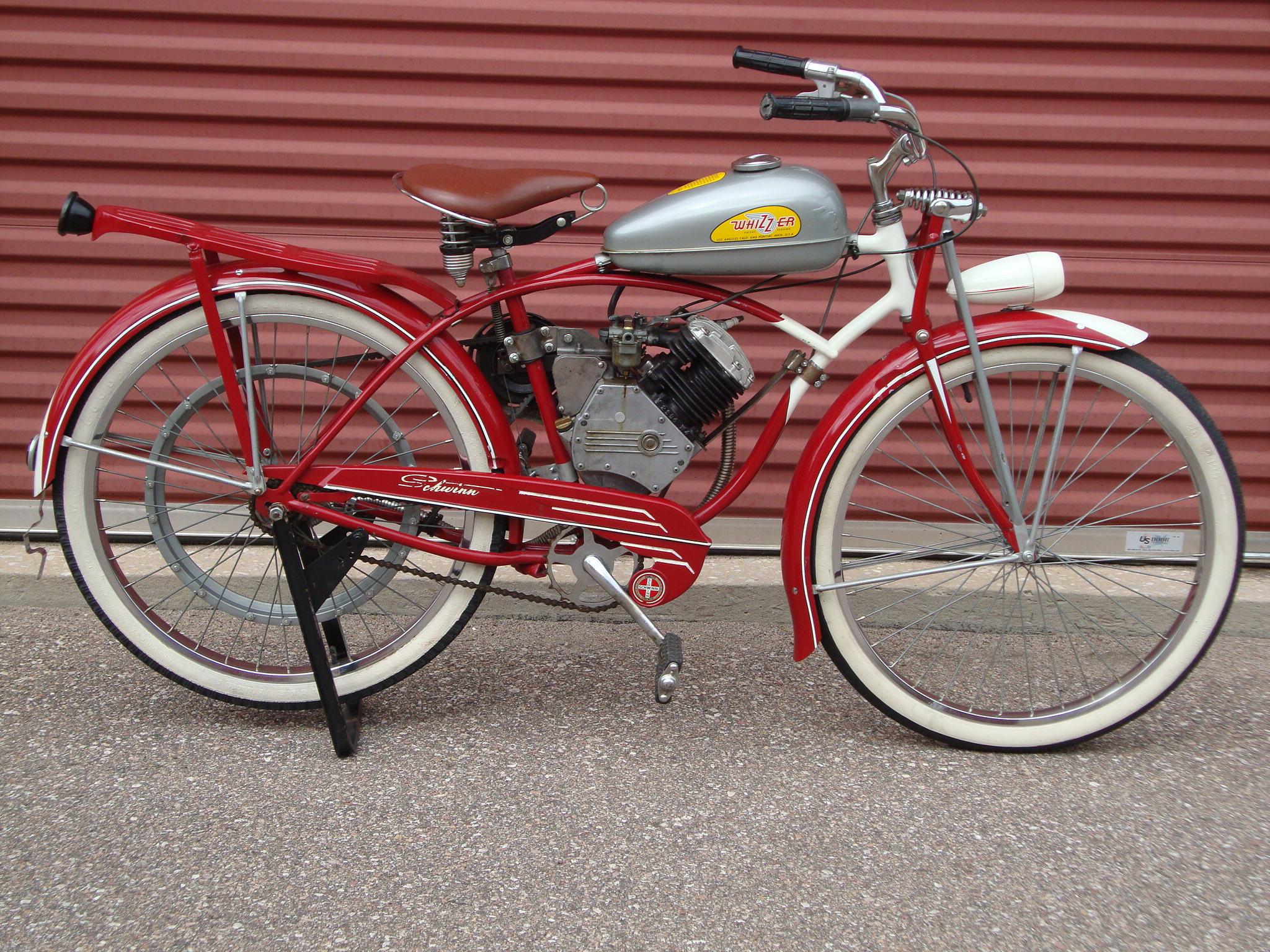 dating schwinn tires There have been many tires from schwinn in fact schwinn patented, invented,  and introduced to america many types of improvements in tire science or as they .