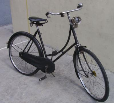 vintage-raleigh-bicycles-roadster